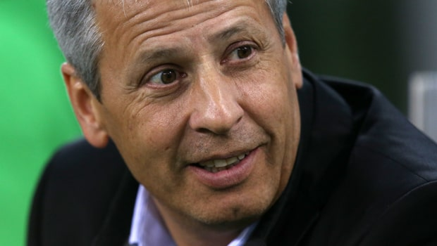 Lucien-Favre-Borussia-Dortmund-boss-min