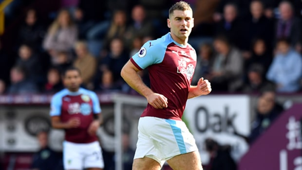 Sam-Vokes-Burnley-striker-min
