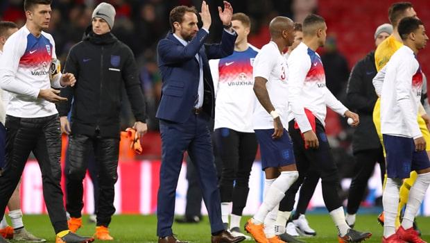 Gareth-Southgate-England-Euro-2020-Football-min