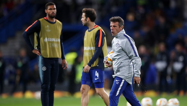 Gianfranco-Zola-Chelsea-FA-Cup-min
