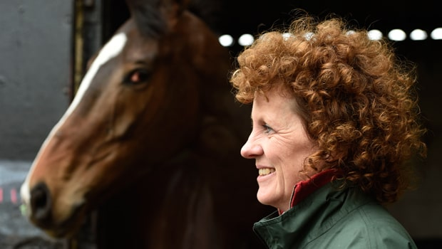 Lucinda-Russell-and-One-For-Arthur-Horse-Racing-min