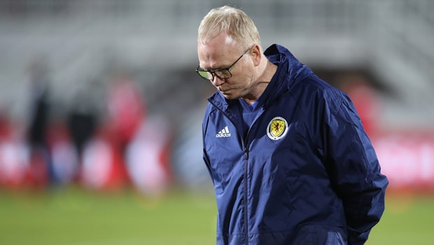 Alex-McLeish-Scotland-Euro-2020-min