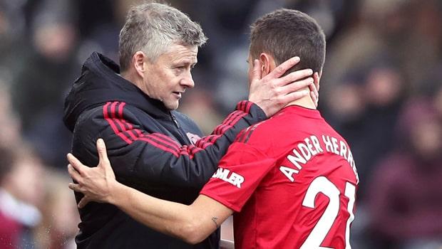 Ander-Herrera-and-Ole-Gunnar-Solskjaer-Man-United-min