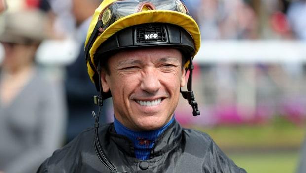 Frankie-Dettori-Horse-Racing-min