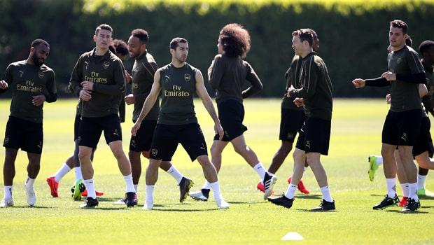 Henrikh-Mkhitaryan-Arsenal-Europa-League-min