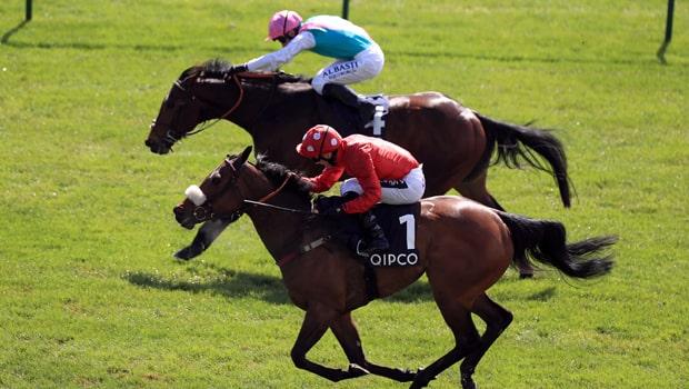 Mabs-Cross-Horse-Racing-min