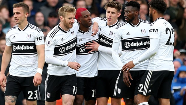 Ryan-Babel-Fulham-min