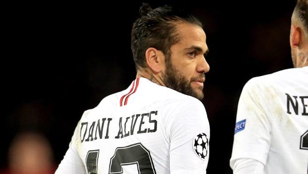 Dani-Alves-Paris-Saint-Germain