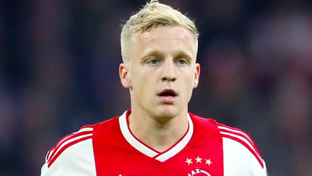 Donny-Van-de-Beek-Ajax