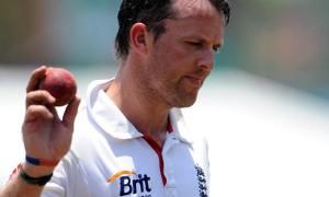 Graeme Swann england bowler