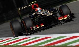 Romain Grosjean Lotus Driver