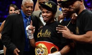Shawn Porter Boxing IBF champion over Paulie Malignaggi