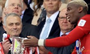 Manchester-United-coach-Jose-Mourinho
