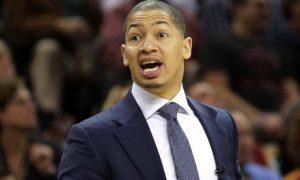 Tyronn-Lue-Cleveland-Cavaliers-NBA
