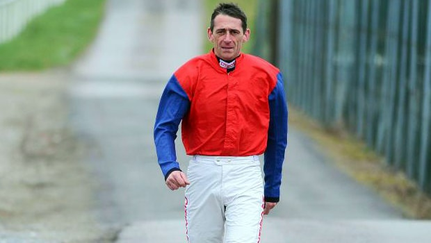 Davy-Russell-Horse-Racing-min