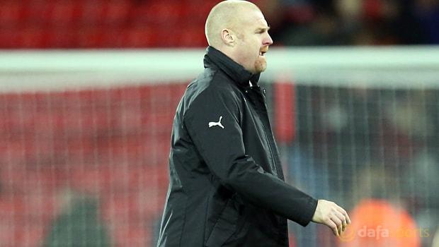 Burnley-manager-Sean-Dych-min