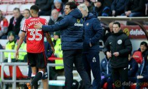 Sunderland-manager-Chris-Coleman-and-Jake-Clarke-Salter