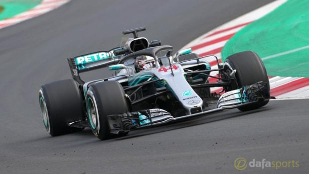 Lewis-Hamilton-Formula-1-Mercedes-min