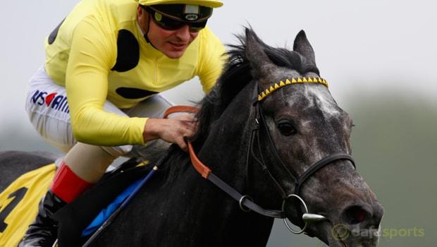 Defoe-Horse-Racing-min