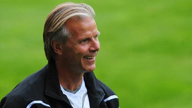Legendary-Sweden-defender-Roland-Nilsson-World-Cup-min