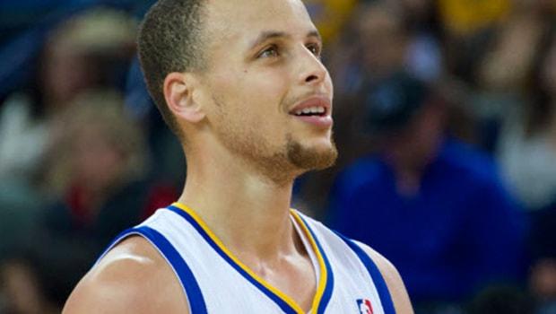 Steph-Curry-Golden-State-Warriors-NBA-finals-min