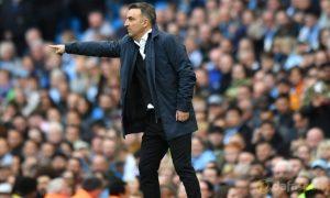 Swansea-manager-Carlos-Carvalhal-min