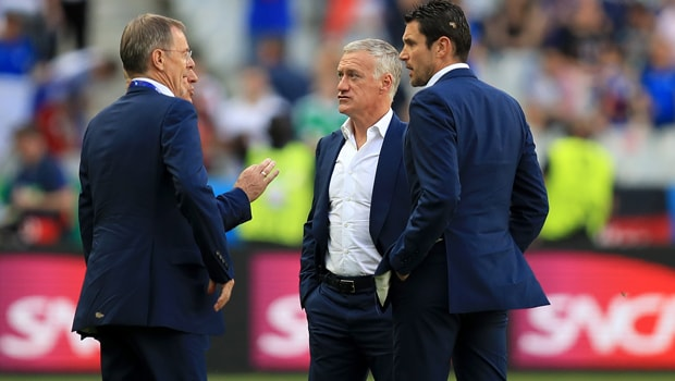 Didier-Deschamps-France-World-Cup-min