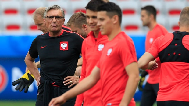 Poland-manager-Adam-Nawalka-World-Cup-min
