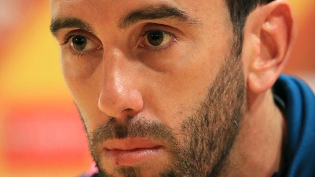 Uruguay-defender-Diego-Godin-min