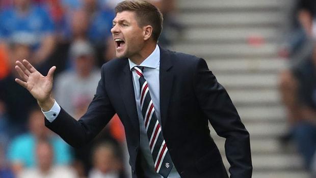 Steven-Gerrard-Rangers-manager-min