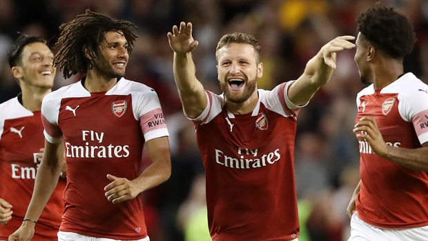 Kanu-Arsenal-min