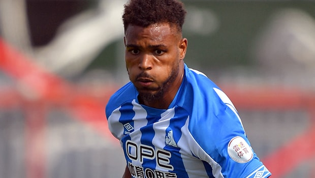 Steve-Mounie-Huddersfield-Town-striker-min