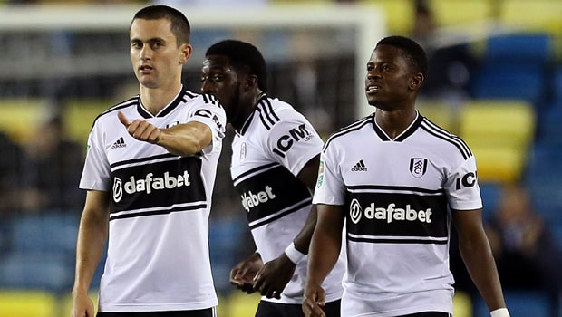 Luca-de-la-Torre-Fulham-football-league-cup-min