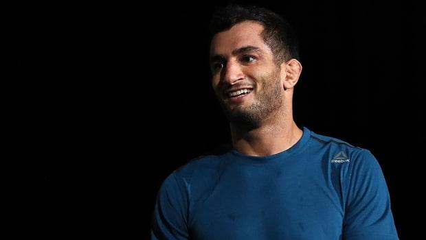Gegard-Mousasi-MMA-Bellator-title-min