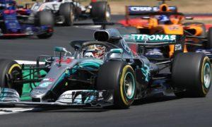 Lewis-Hamilton-Mercedes-Drivers-Championship-min