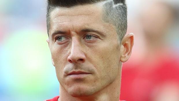 Robert-Lewandowski-Bayern-striker-min