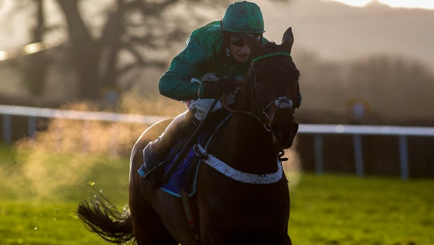 Top-Notch-Horse-Racing-King-George-VI-Chase-min