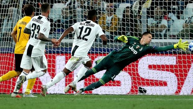 Wojciech-Szczesny-Juventus-goalkeeper-Chanmpions-League-min