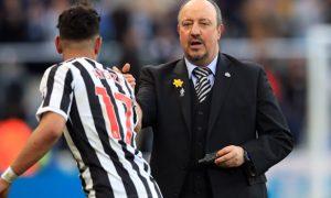 Ayoze-Perez-and-Rafael-Benitez-Newcastle-United-min
