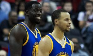 Steph-Curry-and-Draymond-Green-min