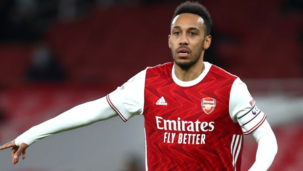 Late Aubameyang Goal Sends Arsenal Through