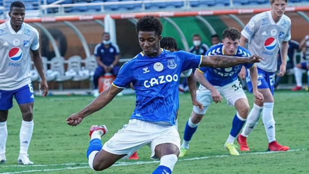 Winger Demarai Gray Joins Everton from Bayer Leverkusen