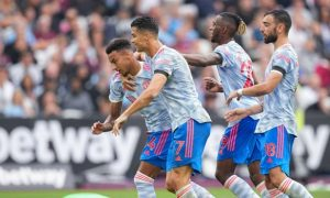 Manchester United Hold on Despite Stoppage-Time Penalty, Win 2-1 vs West Ham